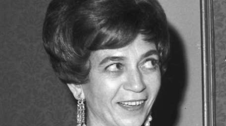 Film critic Judith Crist at the Front Page