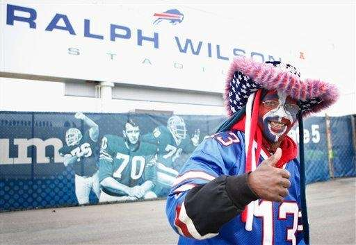 Buffalo Bills fan Joseph Thomas prepares for the