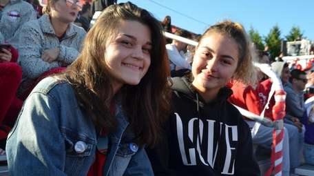Shyrel Rapp, right, and her new friend and