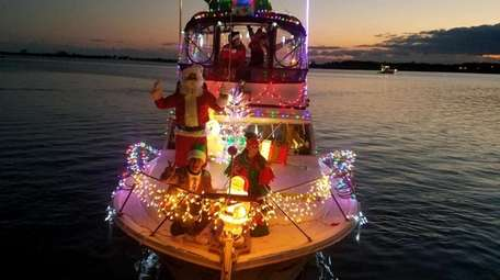 The Christmas Boat Parade on the Connetquot River