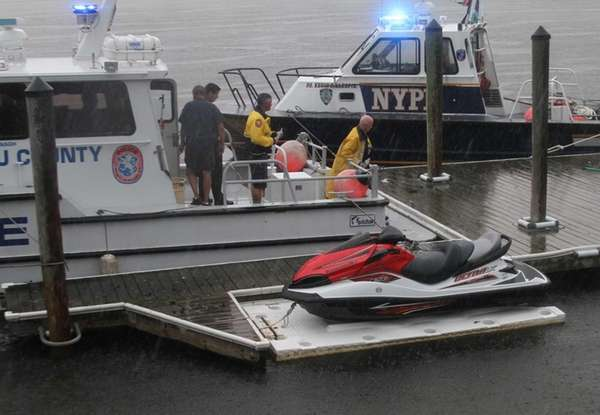 NYPD Harbor unit works to recover the body