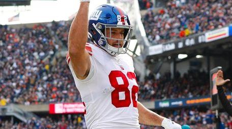 Giants tight end Kaden Smith celebrates a touchdown