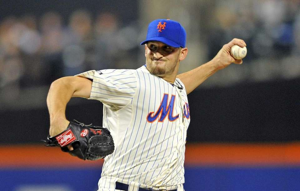 Jon Niese pitches against the Braves. (August 12,
