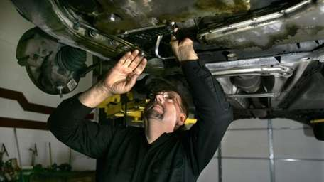 Mechanic Ed Wuerth of Wuerth Automotive in Brownstown