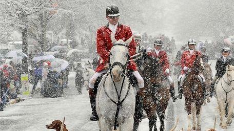 Middleburg, Va.'s Christmas parade led by the Middleburg