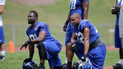 New York Giants defensive end Justin Tuck (91)