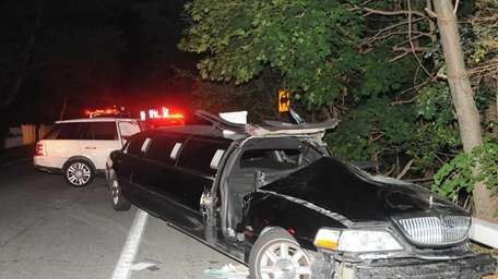 A limo driver and three women were injured