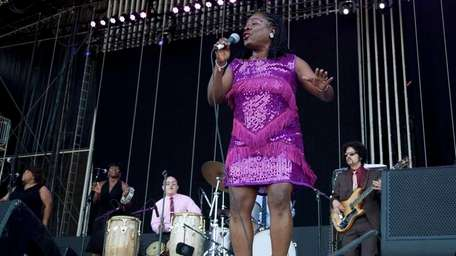 Sharon Jones and The Dap-Kings perform during the