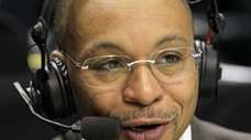 Pro sports commentator Gus Johnson never played basketball
