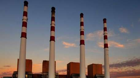 Photo of the stacks from the LIPA plant