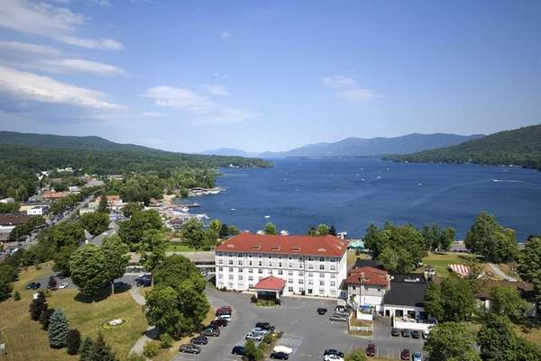 Lake George: The Fort William Henry Hotel, on