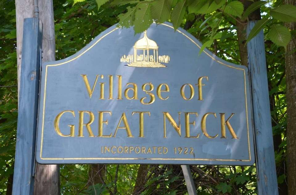 Great Neck Village welcome sign on Aug. 16,