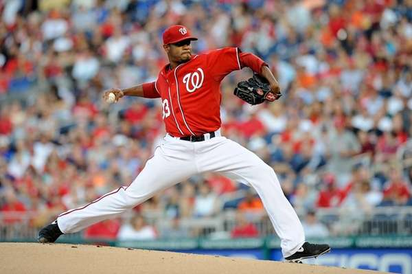 Edwin Jackson of the Washington Nationals delivers a
