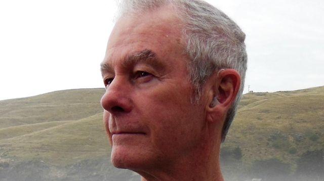 Former Newsday TV writer Noel Holston has penned