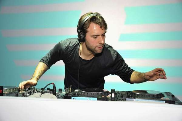 Sebastian Ingrosso performs onstage at the Samsung Galaxy