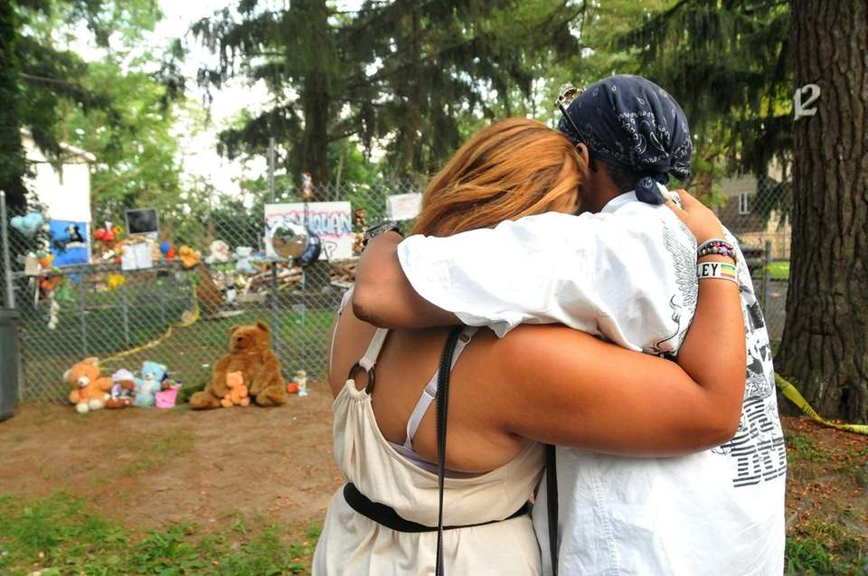 Family, friends, and neighbors remember Rah-Quan Palmer at