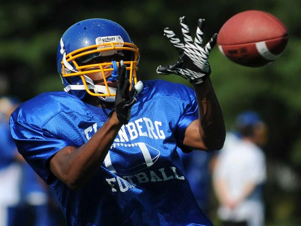 Kellenberg High School's Giovanni Jean makes a catch