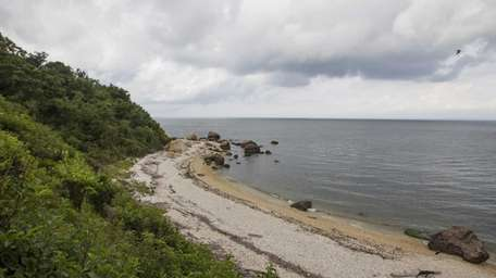 A beach in East Marion offf Rocky Point