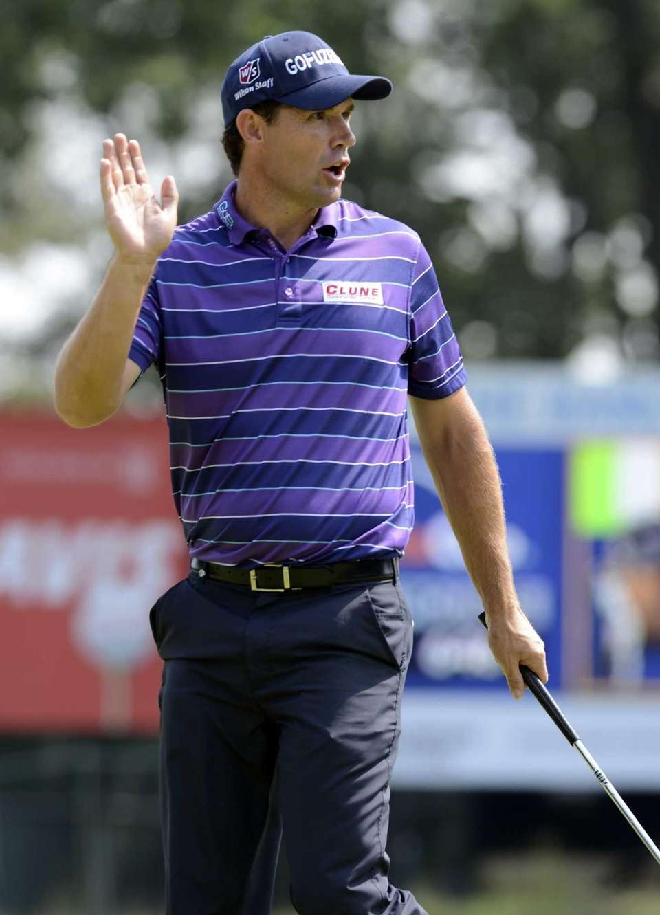 Padraig Harrington of Ireland ,waves to the crowd
