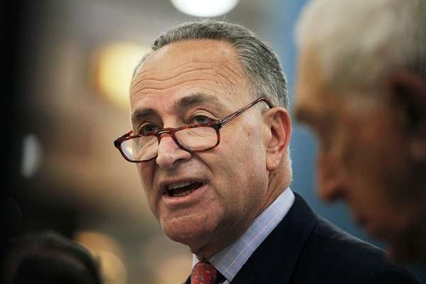 U.S. Sen. Charles E. Schumer (D-NY) speaks with