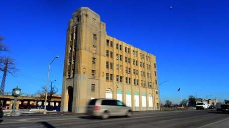 In its heyday, the former Meadowbrook Bank building
