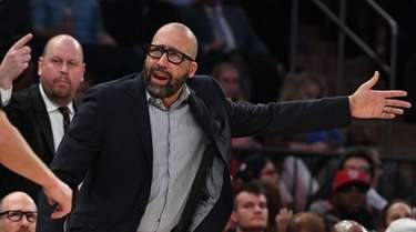 Knicks head coach David Fizdale reacts to a