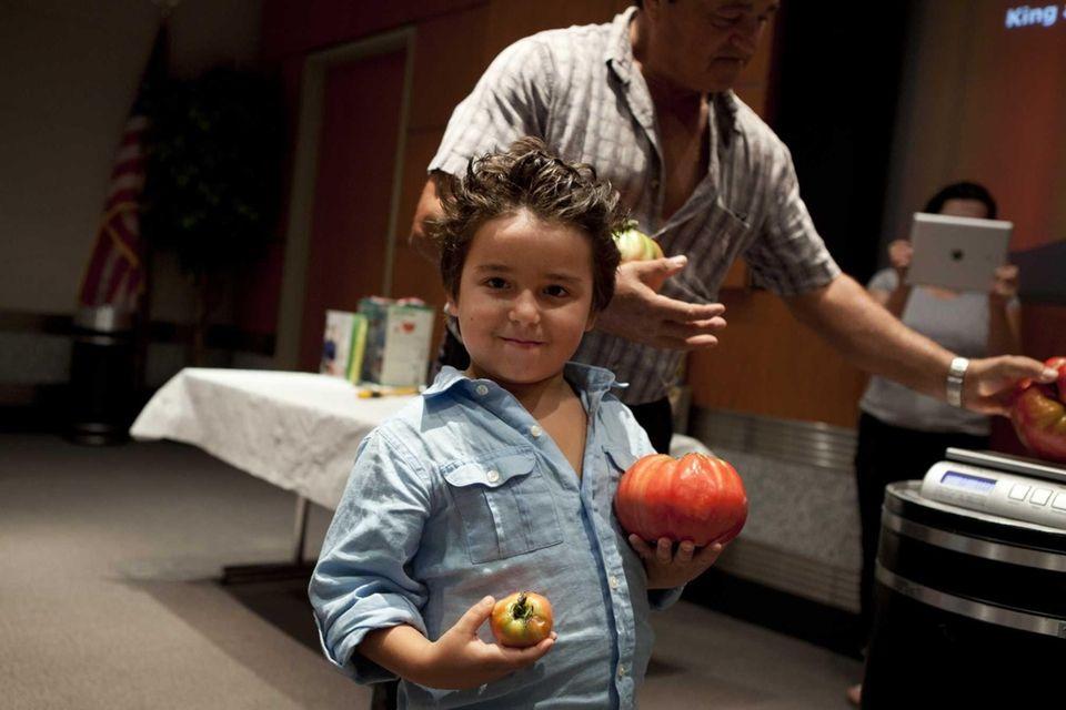 Ryan Fonseca, 5, and his grandfather Fernando Ferreira
