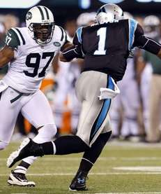 New York Jets linebacker Calvin Pace (97) chases
