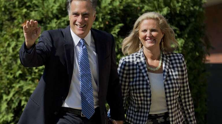 Republican presidential candidate Mitt Romney and his wife