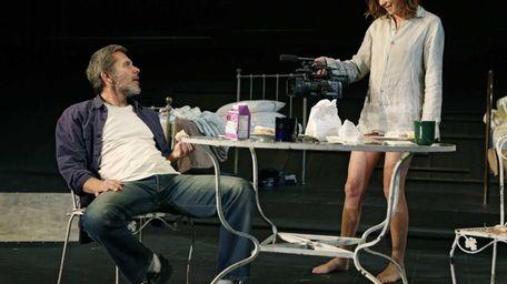L-R: Gary Cole (Roscoe) & Julianne Nicholson (Sally)