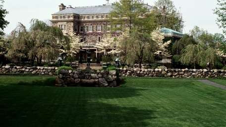The south side of Kykuit, the Rockefeller estate
