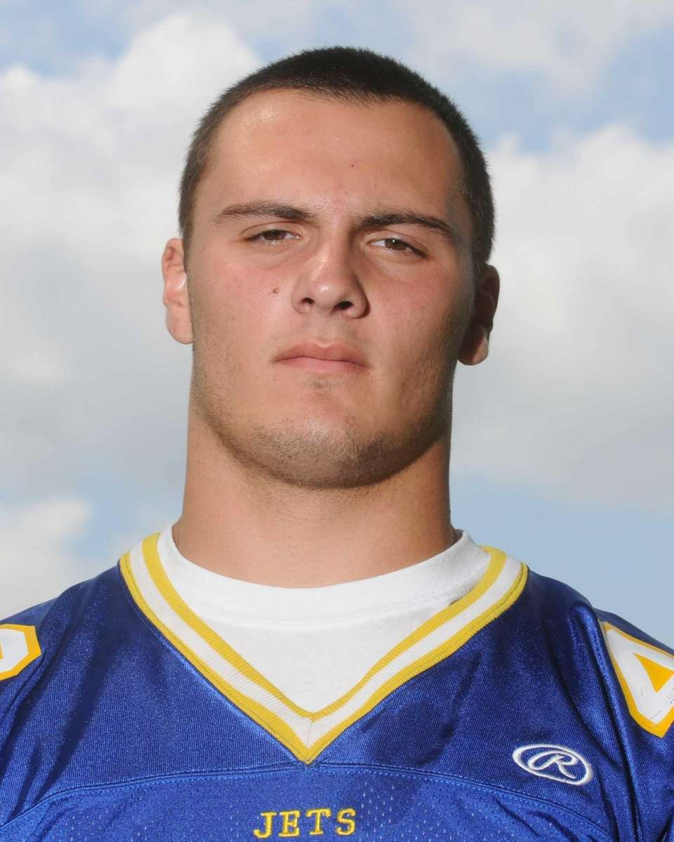 BILLY ANDRLE East Meadow, Junior, FB/LB