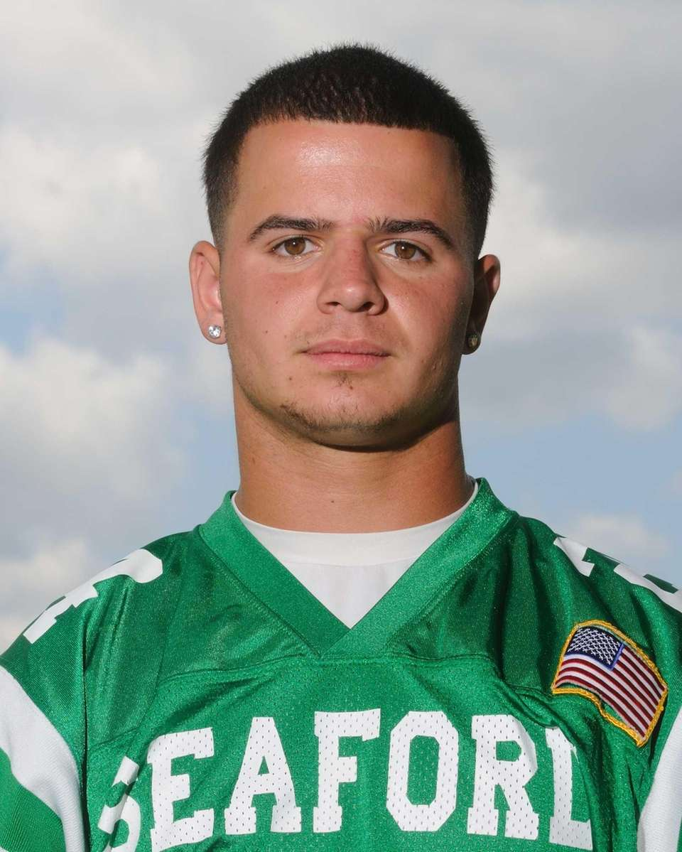 NICK FISCHETTI Seaford, Senior, RB/CB/LB 5-9, 180