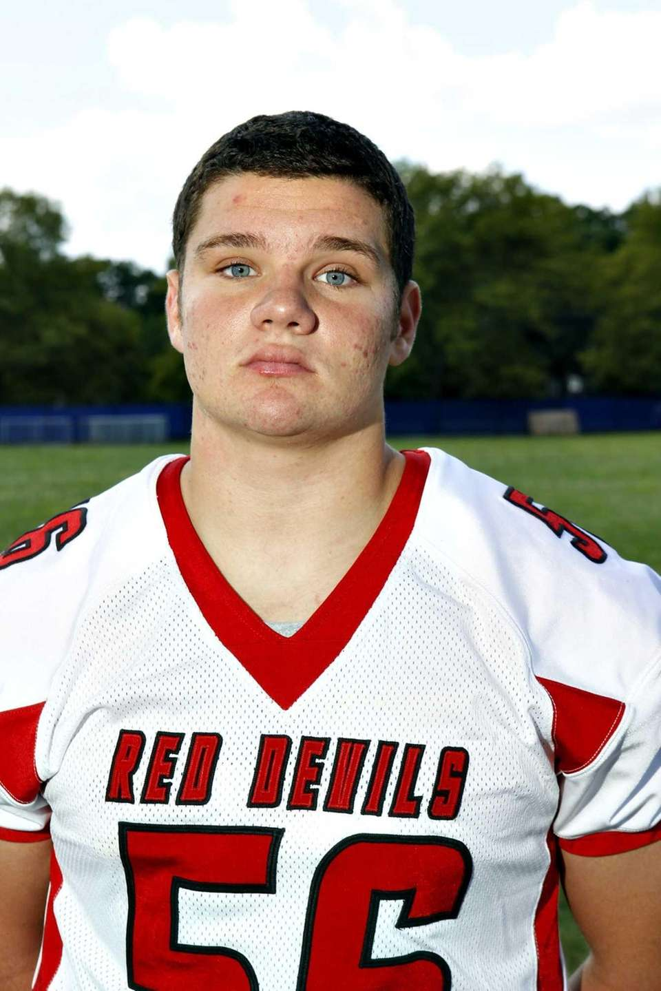 RYAN LEWIS Center Moriches, Senior, LB/C 6-0, 230
