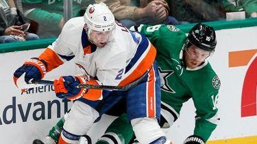 Stars forward Joe Pavelski and Islanders defenseman Nick