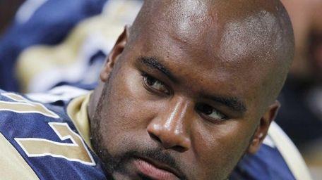 Jason Smith of the St. Louis Rams looks