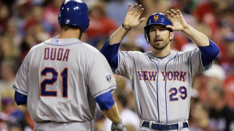 Ike Davis, right, and Lucas Duda celebrate after