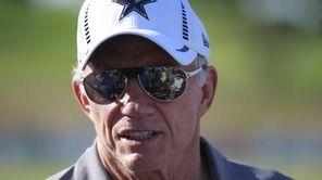Cowboys owner Jerry Jones speaks to the media