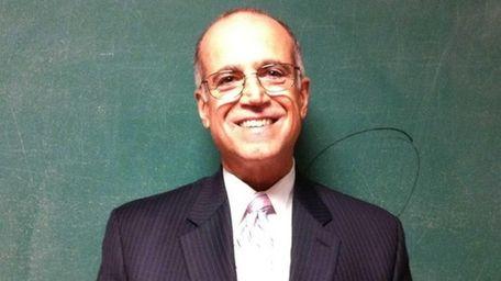 Enrico Crocetti is superintendent of Mount Sinai School