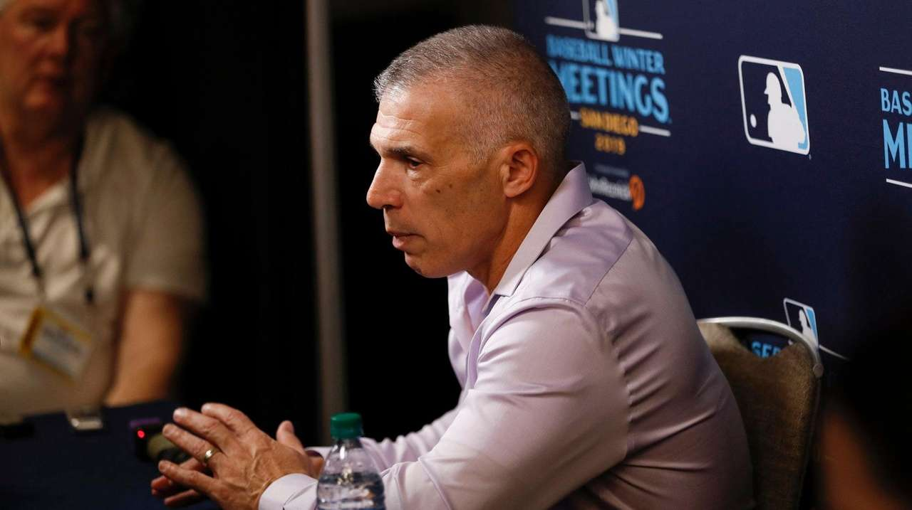Joe Girardi 'wasn't shocked' by reports Astros stole signs
