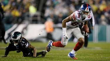 The Giants' Darius Slayton breaks free from Philadelphia