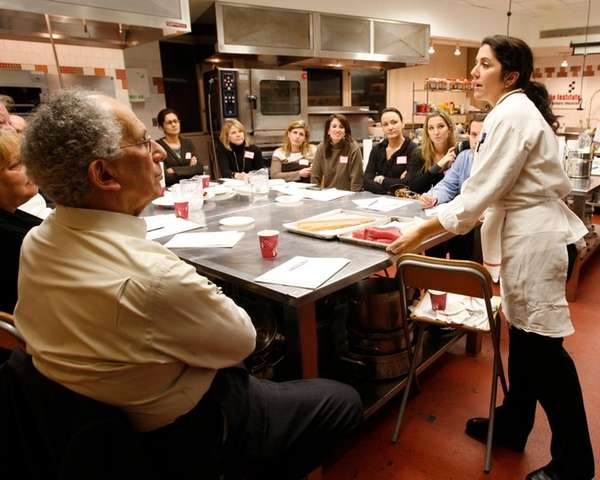 Chef-instructor Sabrina Sexton explains about choosing fresh fish
