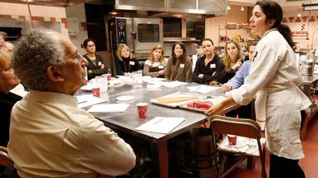 Chef-instructor Sabrina Sexton explains about choosing fresh fish