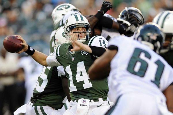 New York Jets quarterback Greg McElroy (14) passes