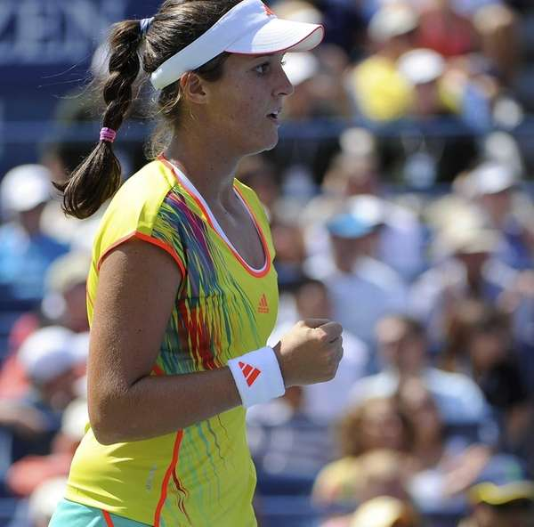 Laura Robson reacts to a point against Na