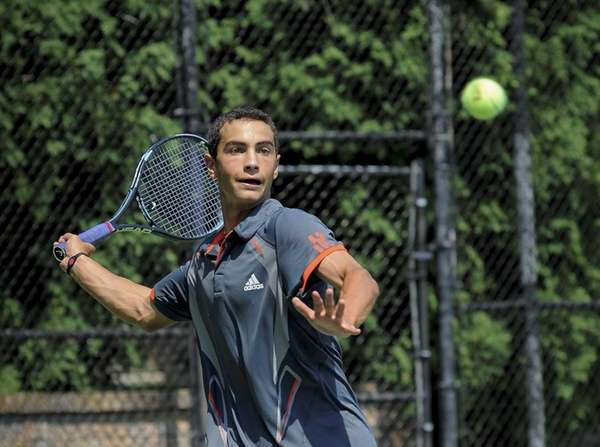 Noah Rubin practices in Jericho in preparation for