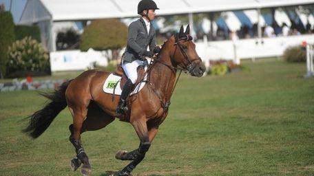 Kent Farrington rides Voyeur at the Hampton Classic