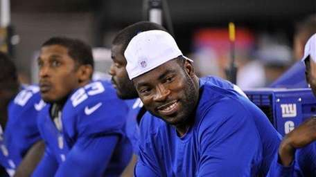 New York Giants defensive end Justin Tuck talks