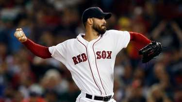 The Red Sox's Rick Porcello pitches during the