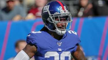 Giants cornerback Janoris Jenkins lines up against the
